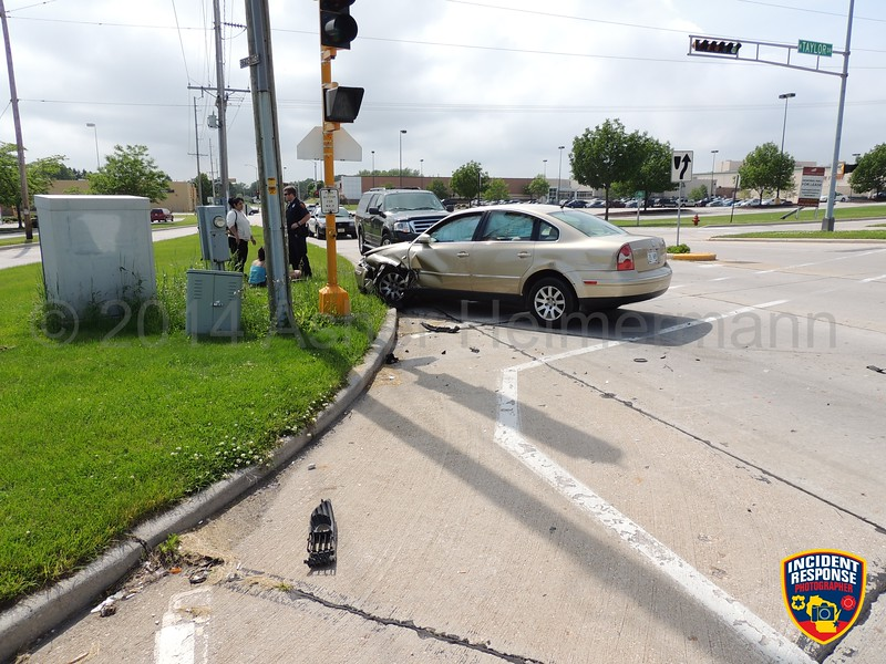 Two-vehicle accident at South Taylor Drive & Erie Avenue in Sheboygan, Wisconsin on Sunday, June 22, 2014. Photo by Asher Heimermann/Incident Response.