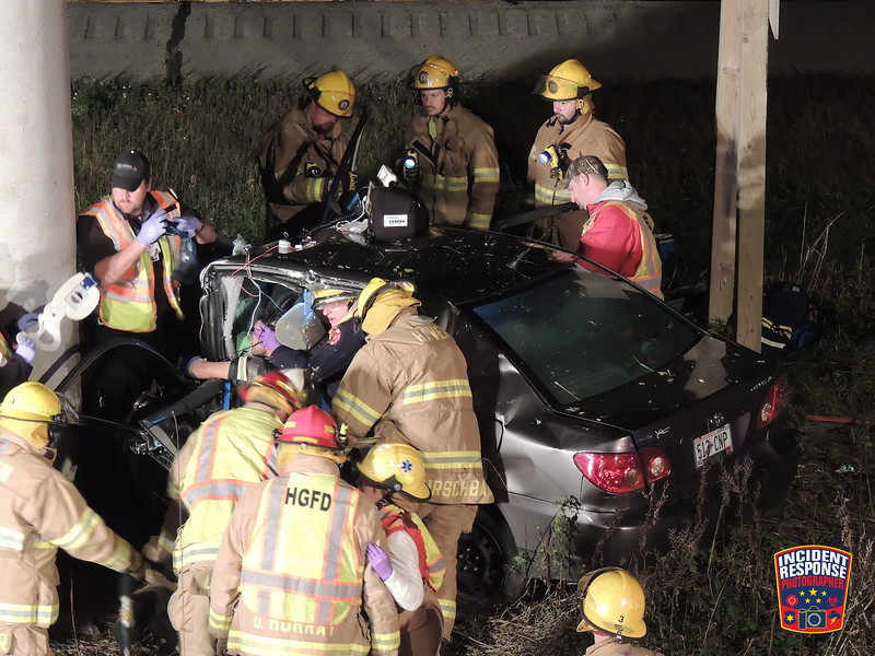 Single vehicle crash with entrapment and serious injuries on Interstate 43 at Orchard Road in Sheboygan, Wisconsin on Sunday, October 26, 2014. Photo by Asher Heimermann/Incident Response.
