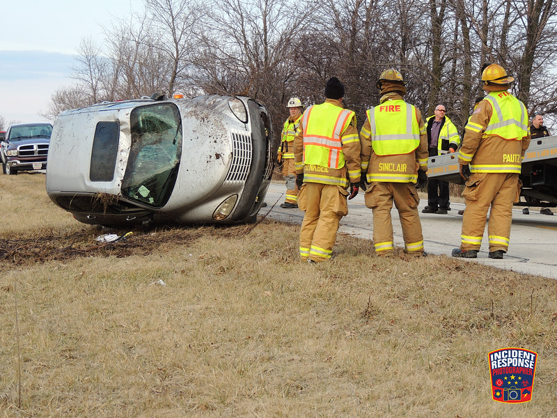 Single vehicle rollover crash on Interstate 43 near County Road V in the Town of Wilson, Wisconsin on Friday, December 26, 2014. Photo by Asher Heimermann/Incident Response.