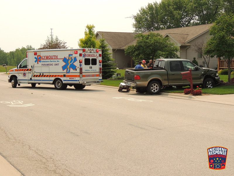 Two-vehicle crash involving a parked vehicle in the 700 block of Audubon Road in Howards Grove, Wisconsin on Tuesday, June 9, 2015. Photo by Asher Heimermann/Incident Response.