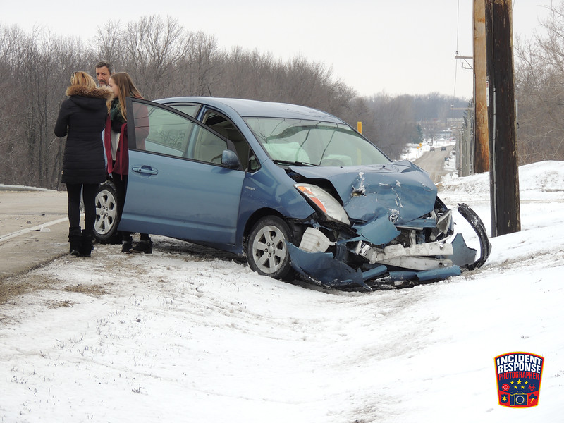Two-vehicle crash with injuries at Wauwatosa Road & Sherman Road in Cedarburg, Wisconsin on Monday, February 15, 2016. Photo by Asher Heimermann/Incident Response.