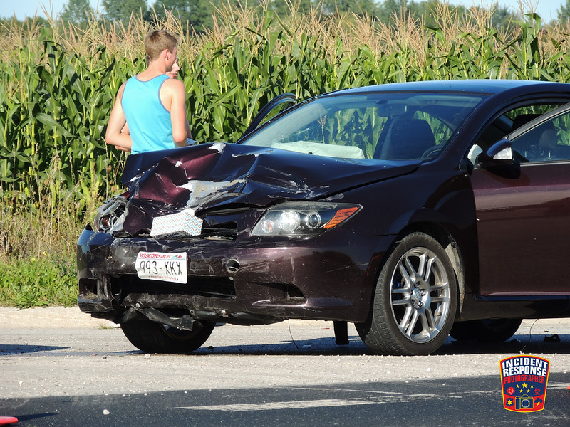 Three-vehicle crash at County Road V & Markus Court in the Town of Wilson, Wisconsin on Saturday, September 3, 2016. Photo by Asher Heimermann/Incident Response.