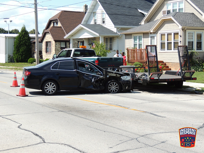 An alleged drunk driver was arrested after crashing into a parked vehicle in the 1600 block of Union Avenue in Sheboygan, Wisconsin on Sunday, September 4, 2016. Photo by Asher Heimermann/Incident Response.