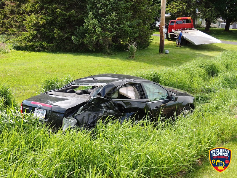 Two-vehicle accident on Highway 57 south of Clearview Road on Wednesday, May 31, 2017. Photo by Asher Heimermann/Incident Response.