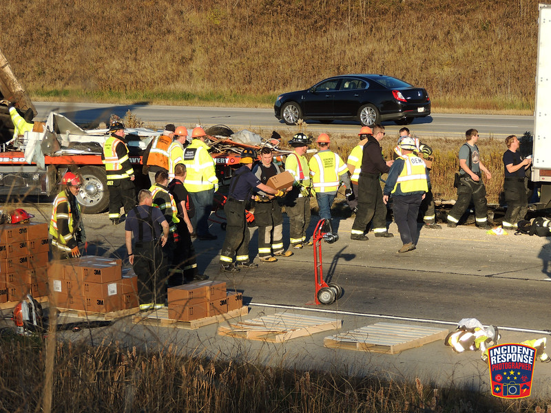 A multi-vehicle injury crash involving a camper and semi on Interstate 43 near Lakefield Road in the Town of Grafton, Wisconsin Tuesday, November 7, 2017. Photo by Asher Heimermann/Incident Response.