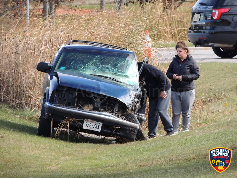 Two-vehicle accident at South Taylor Drive & Weeden Creek Road in Sheboygan, Wisconsin on Friday, November 10, 2017. Photo by Asher Heimermann/Incident Response.