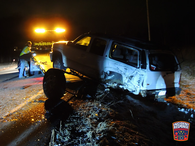 Two-vehicle crash on Dairyland Drive in the Town of Mosel, Wisconsin on Wednesday, December 20, 2017. Photo by Asher Heimermann/Incident Response.