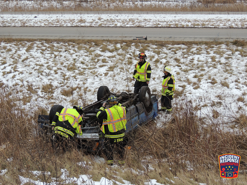 Single vehicle rollover crash on Highway 23 near Woodland Road in the Town of Sheboygan, Wisconsin on Friday, December 22, 2017. Photo by Asher Heimermann/Incident Response.