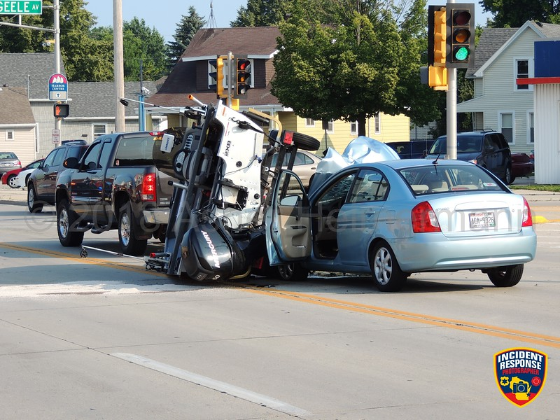 Two-vehicle accident on Calumet Drive at Geele Avenue in Sheboygan, Wisconsin on Sunday, July 15, 2018. Photo by Asher Heimermann/Incident Response.