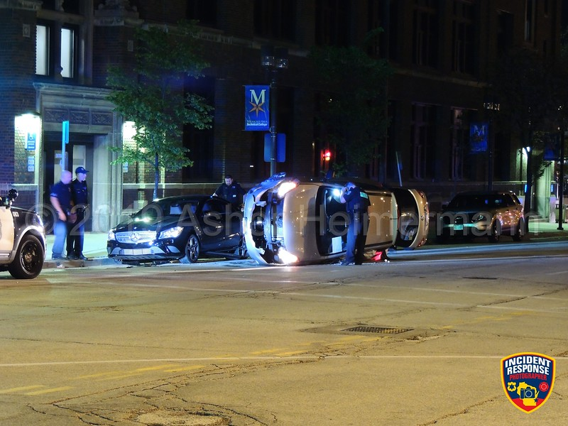 Rollover accident on West State Street at North James Lovell Street in Milwaukee, Wisconsin on Saturday, May 25, 2019. Photo by Asher Heimermann/Incident Response.
