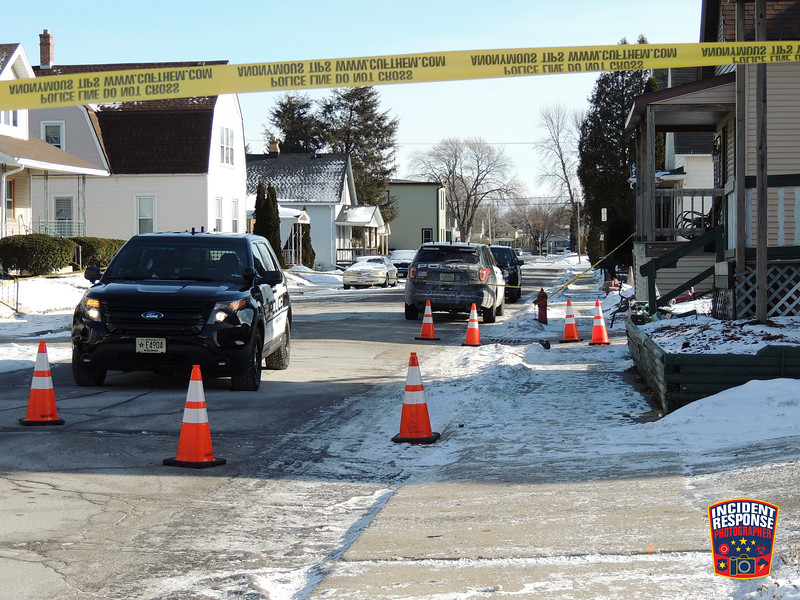 Sheboygan Police are investigated a shooting that occurred at 1543 Martin Avenue in Sheboygan, Wisconsin on Sunday, December 31, 2017. Photo by Asher Heimermann/Incident Response.