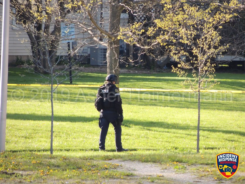 The Milwaukee Police Department's Tactical Enforcement Unit responded to North 40th Street & North Avenue for a report of a person with a gun on Friday, May 10, 2019. Photo by Asher Heimermann/Incident Response.