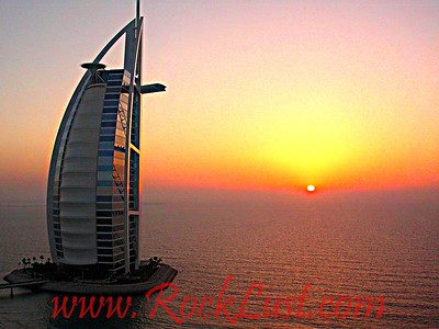 Dubai - Burj sunset