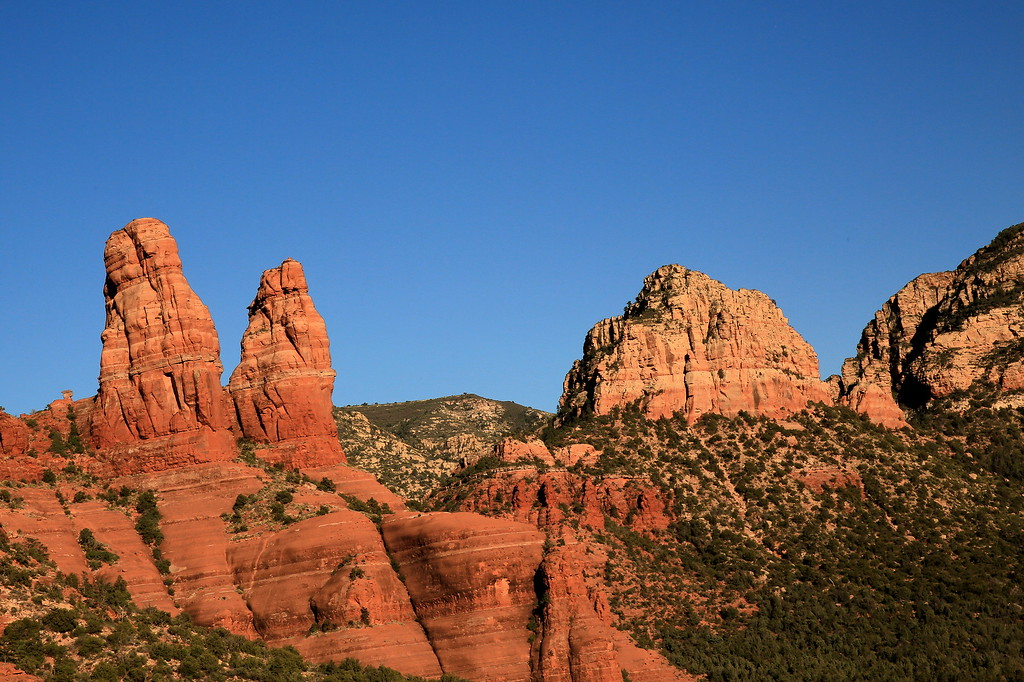 Twin Peaks and Thunder Mountain, Sedona (c) 2014