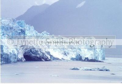 Hubbard+Glacier2-60040186-Owtmk