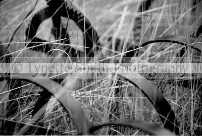 farm+equip-131517846-Owtmk