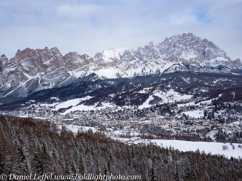 Italy Winter Dolomite Mountains Cortina