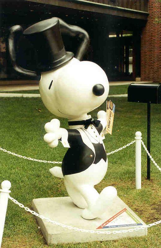 Snoopy Statues, St. Paul, Minn
