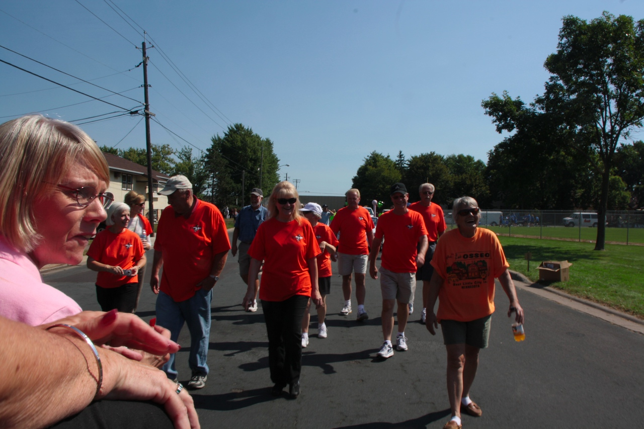Classmates at 50th reunion of 1961-Osseo Parade