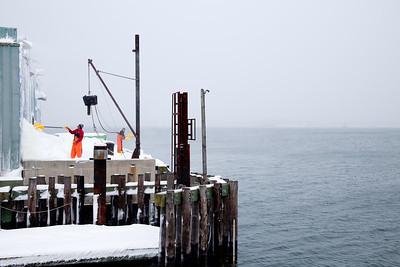 Maine_State_Pier_Shovelers