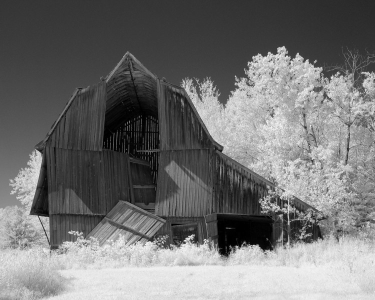 The Findlay barn in infrared.<br /> <br /> Modified Canon G5.