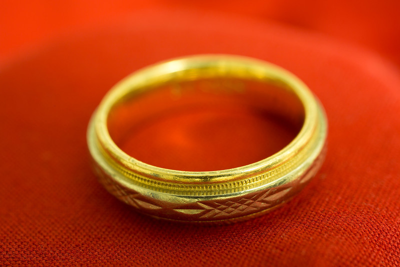 22 of 365<br /> <br /> Macro shot of my ring.
