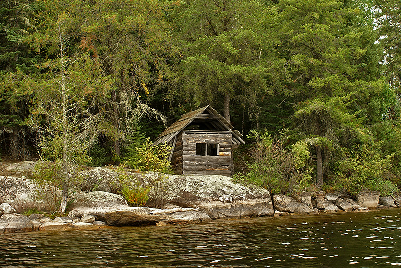 Right after starting out in my kayak on Gullwing Lake, I came across this old abandoned cabin.