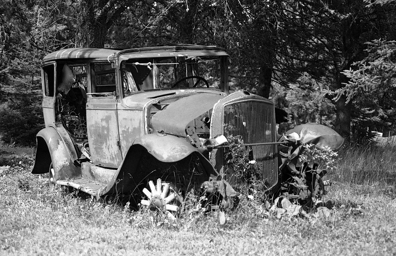 Old car found on Thunder Lake Road (Dryden Ontario).<br /> <br /> Leica R4 loaded with Kodak 125PX, self developed in HC-110 dil 'B'