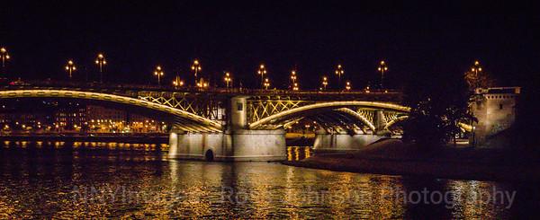 5D320380 Budapest, Hungary