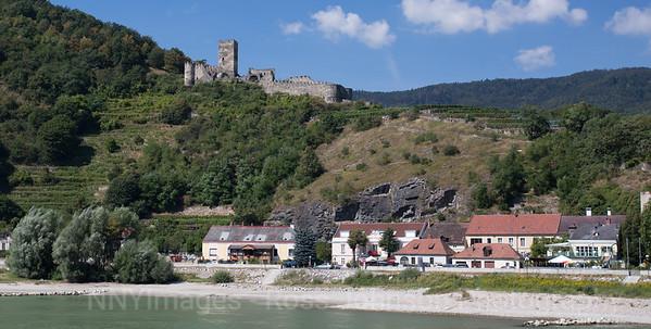 5D320743 Duernstein to Melk, Austria - Wachau Valley