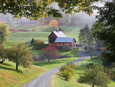 Sleepy HollowFarm, Pomfret, Vermont (Landscape)