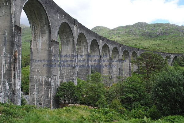 Glenfinnan viaduct (track under bridge 13E) - 4
