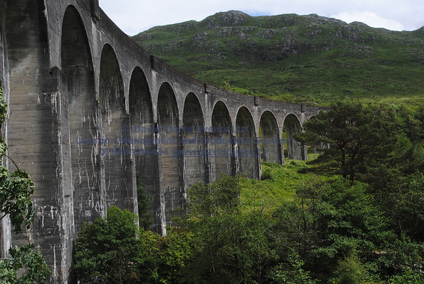 Glenfinnan viaduct (track under bridge 13E) - 7