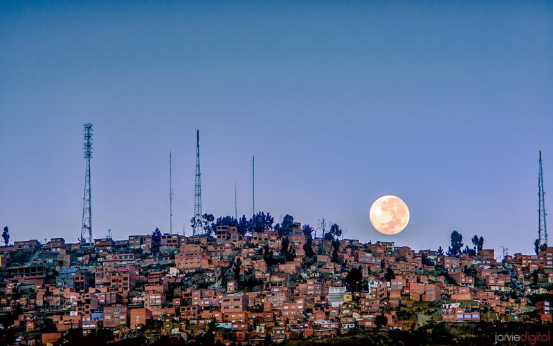 Full Moon Paz