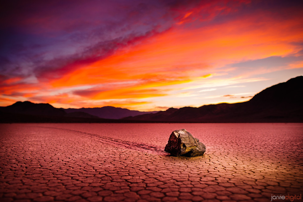 Racetrack Sunrise - Death valley