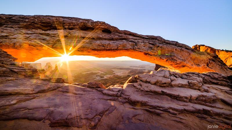 Mesa Arch - Canyonlands
