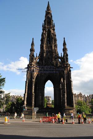 Scott Monument (St David St. 17S) - 2