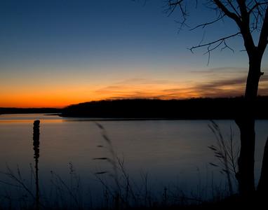 Sunset  Lake Shelbyville - Illinois