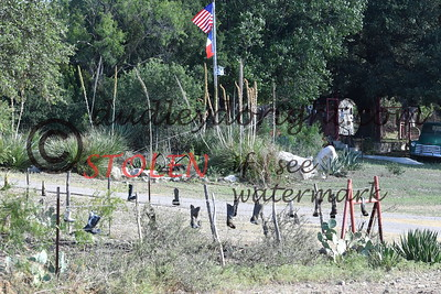 ScenicSouthTexas2017-057 boots on fence ranch