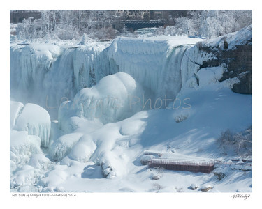 Deep freeze over American side of Niagra Falls
