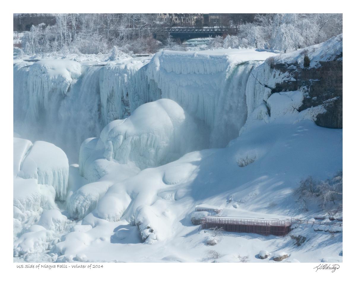 Deep freeze over American side of Niagra Falls