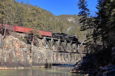 473 crossing the Animas River