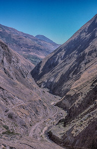 The lower switchback at Nariz del Diablo.