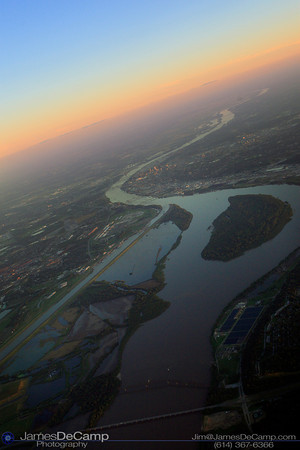 Arial view of Sunset over the Mississippi River flooding in Missouri (© James D. DeCamp | http://www.JamesDeCamp.com | 614-367-6366)