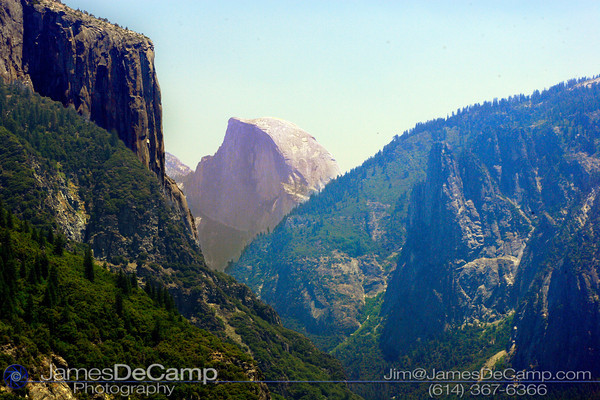 Overlooking the Yosemite Valley (© James D. DeCamp | http://www.JamesDeCamp.com | 614-367-6366)