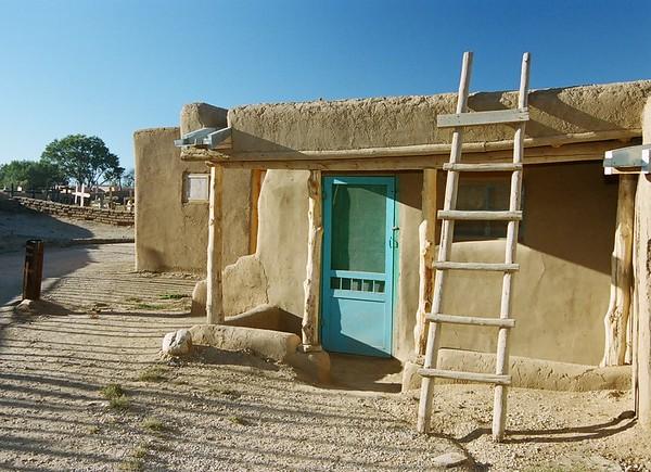 Taos Abode & Cemetery