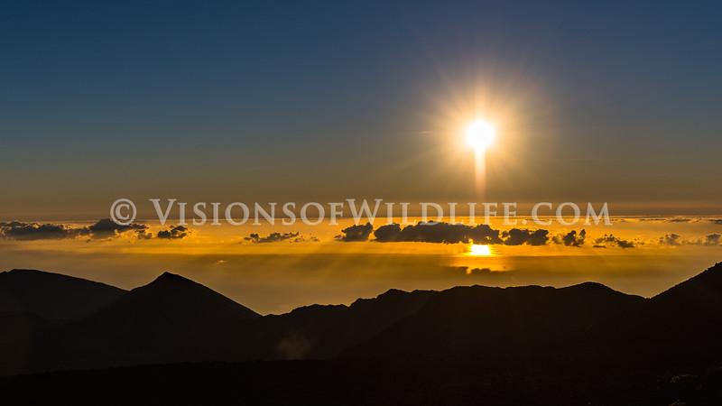 Ocean sunrise from Mt. Haleakalā