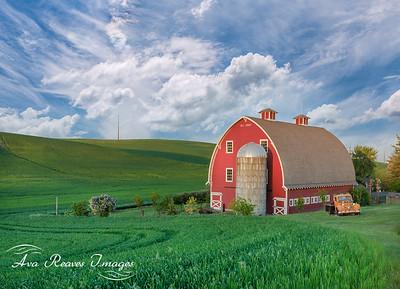 Heidenreich Dairy Barn