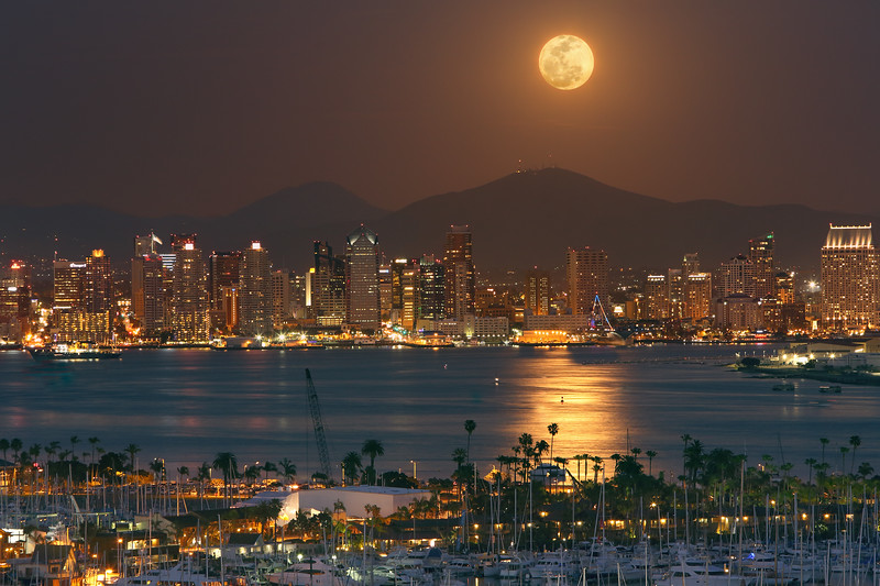 Moonrise over San Diego