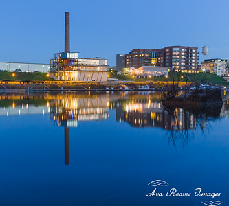 Rocketts Landing Reflection